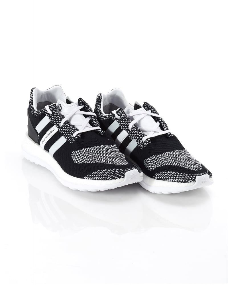 6f9263b8468b Y-3 Pure Boost Mens Trainers ZG Knit Black White Trainer